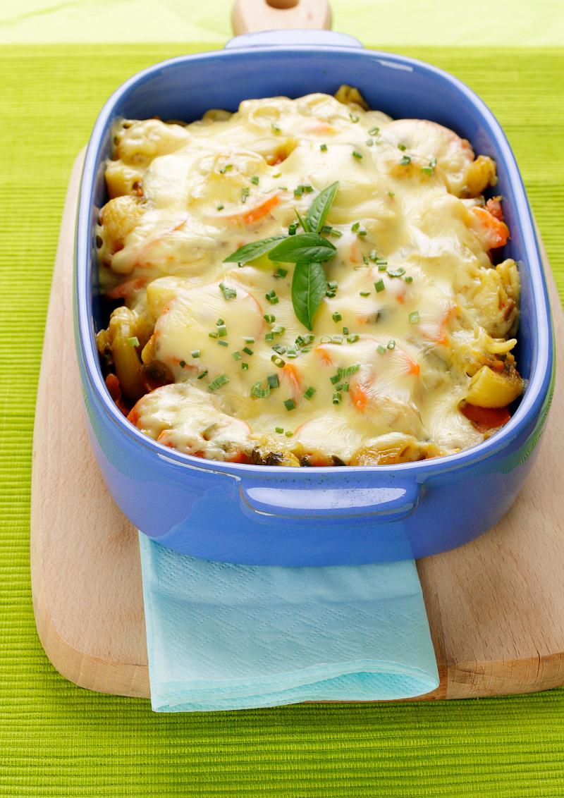 Ceramic lasagna pan